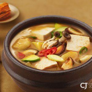 무더운 여름 간편하고 건강한 '집밥' 즐겨요! CJ제일제당 비비고 한식 HMR 시리즈