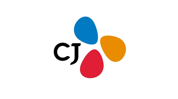 CJ, 코로나19 피해 극복10억원 기부한다는 보도자료에 CJ로고가 삽입되어 있다.
