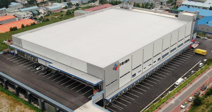 경상남도 양산시에 위치한 영남권 최대규모의 CJ프레시웨이 동부 물류센터.