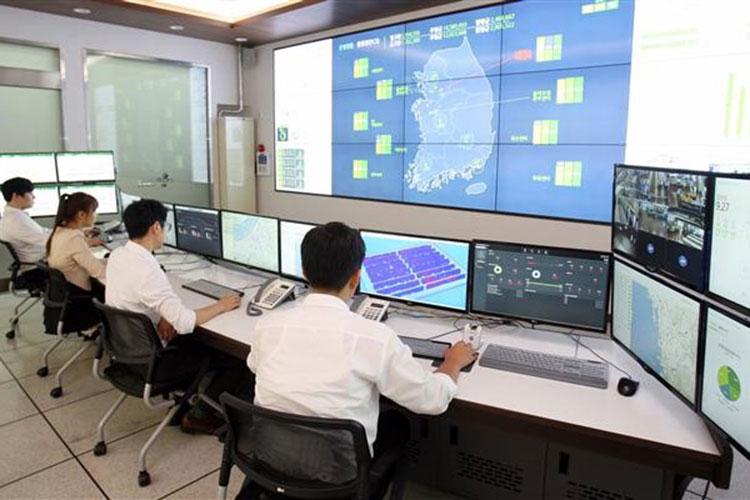 경기 군포에 위치한 CJ대한통운 통합관제센터(MCC) 사진. 이곳에서는 전국 물류 운영현황을 실시간으로 확인할 수 있다.