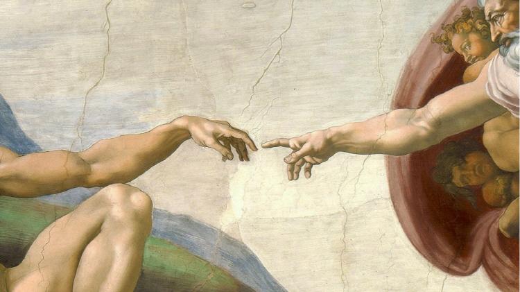 미켈란젤로의 천장화 중, '아담의 창조' 그림에서 아담과 그리스도의 손가락이 닿을 듯 말 듯한 모습이 클로즈업되어 있다.