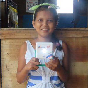 CJ대한통운, 올해도 '희망의 빛' 선물…에너지 빈곤국에 태양광 랜턴 전달