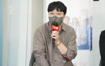 [인터뷰] 주 1회 제작, 시즌제 드라마 성공의 비결은? tvN '슬기로운 의사생활2' 신원호 PD